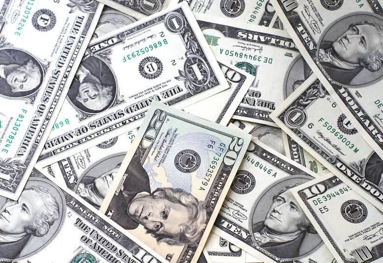 外汇市场的美元交易有何特点?