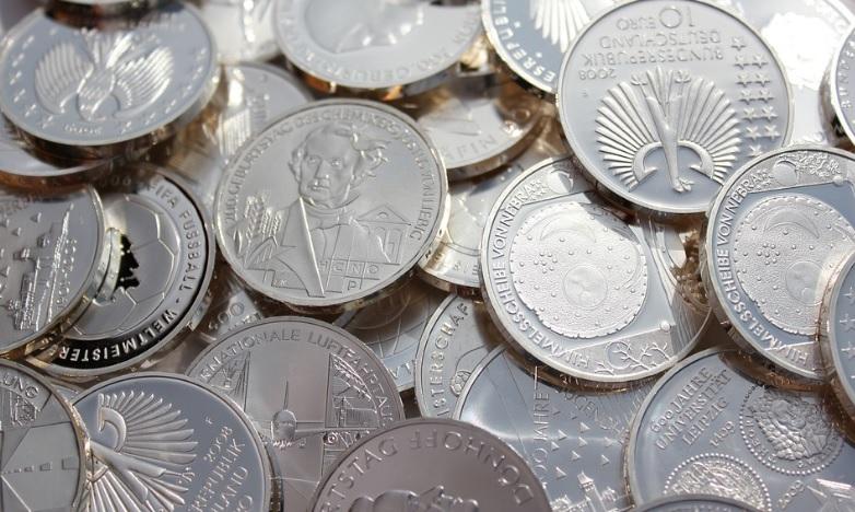 选择白银现货交易平台的妙招